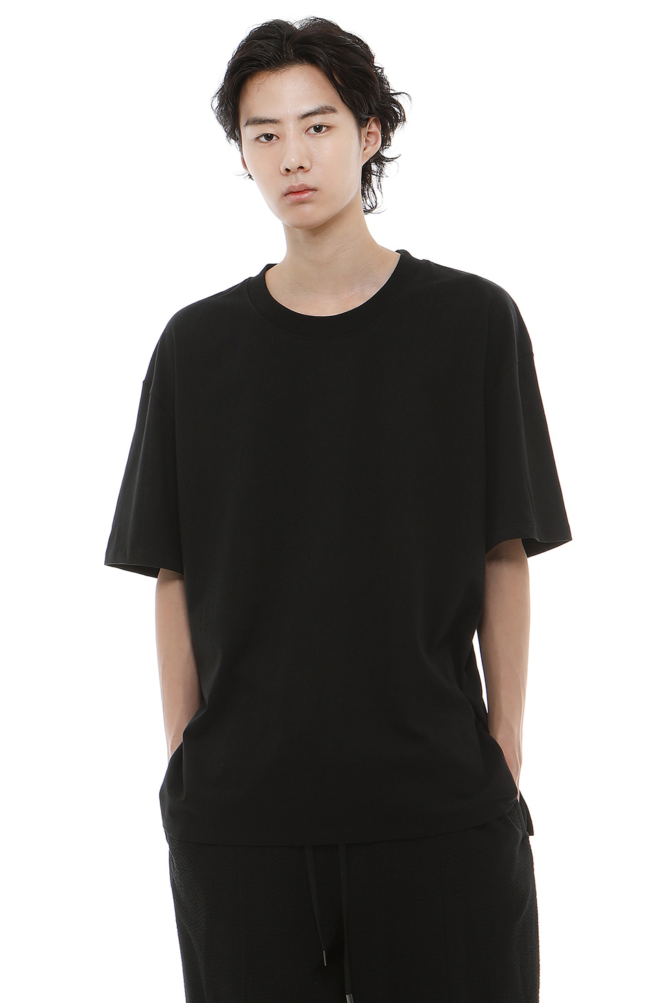 T001 / Cotton 100 Layered Black T