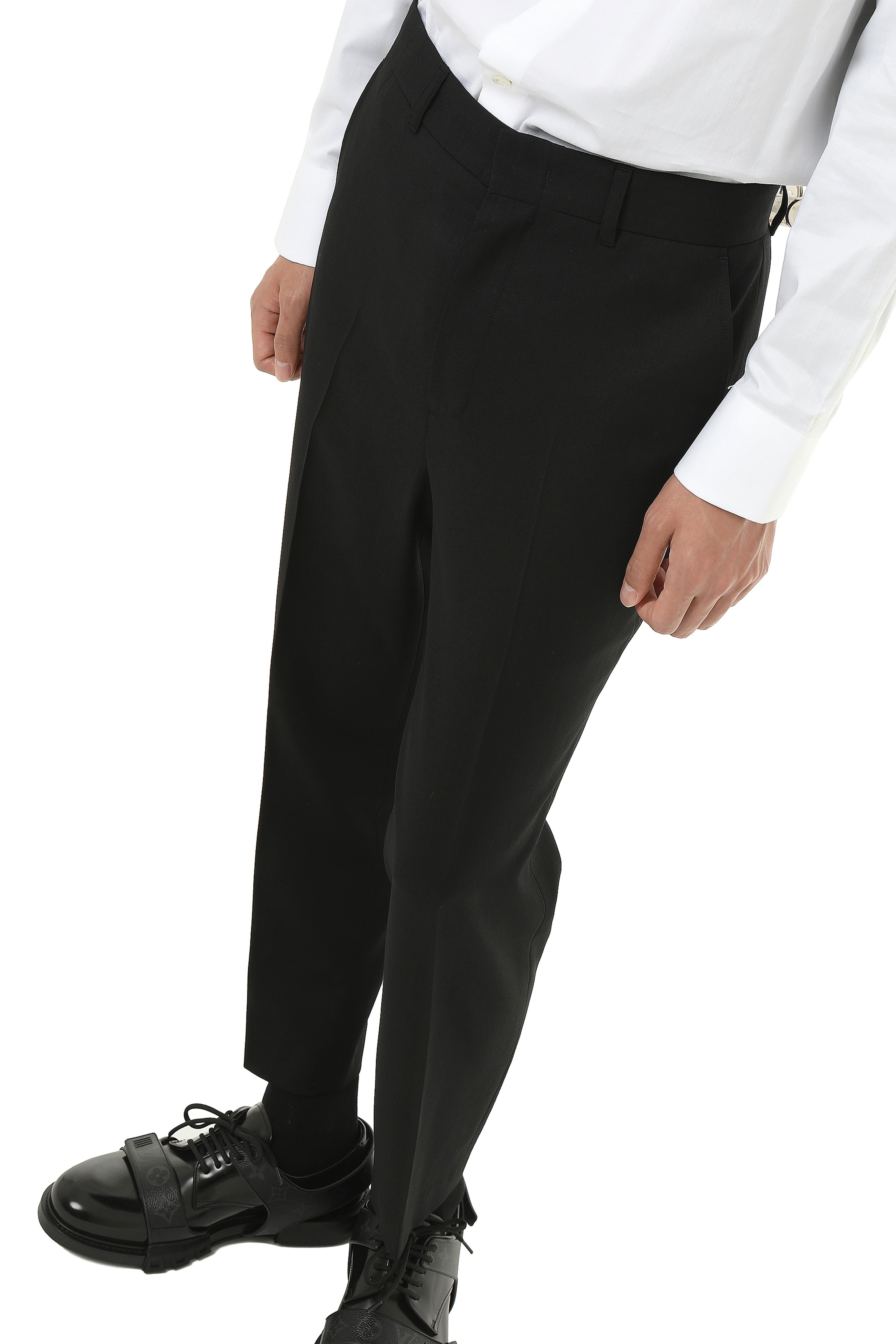 P001 / 4Seasons Slim Slacks